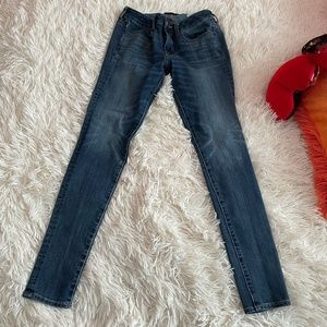 Like new American Eagle jeans.